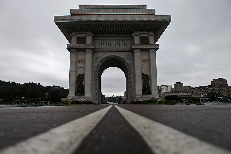 Pyongyang Arch of Triumph (Roman Harak/Commons CC-BY-SA 2.0)