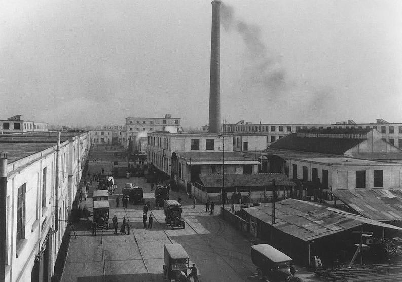 Gli stabilimenti Pirelli alla Bicocca, 1922.