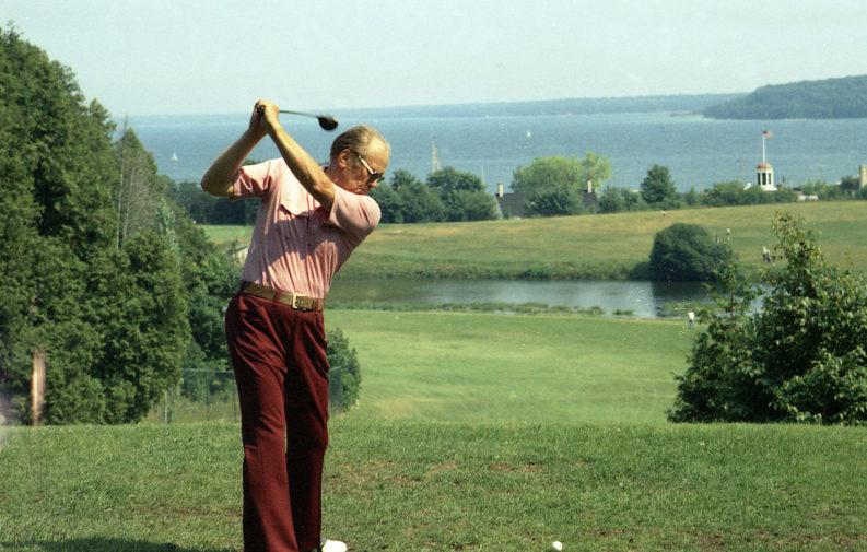 Il presidente durante una partia di Golf, 1973