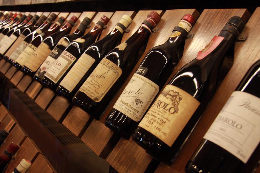 annate storiche di vino barolo