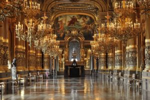 "Il ""grand foyer"" dell'Opera Garnier a Parigi."