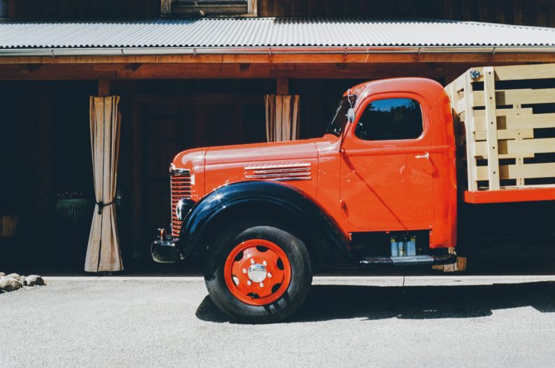 camion arancione